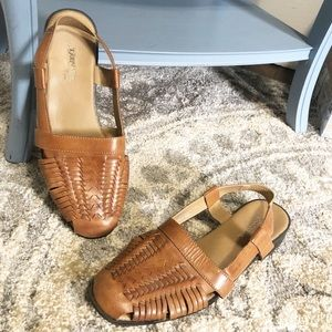 St. John's Bay Tan Sandals
